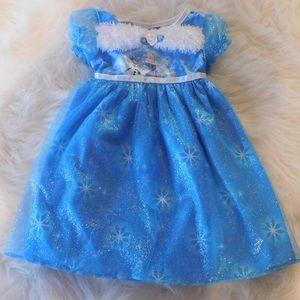 Frozen night gown